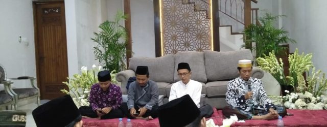 Rangkaian acara peringatan haul almaghfurlah KH. Ali Maksum selalu dibuka […]